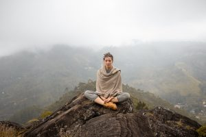 How to meditate daily? (Quick & effective Steps)